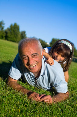 Gpa-and-Kid-iStock_000003729350XSmall2