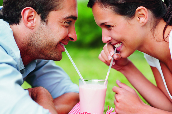 Saved by a Straw: 4 Ways Straws Can Save Your Teeth