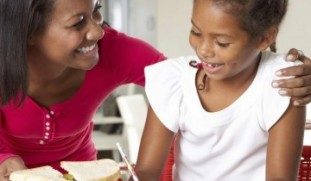 Now that the kids are back-to-school, here are some snack ideas to keep them performing their best!