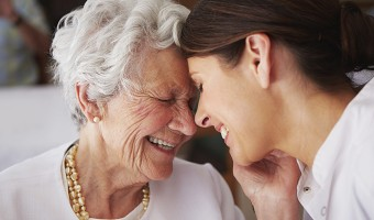 Dental Care Tips for Dementia Caregivers