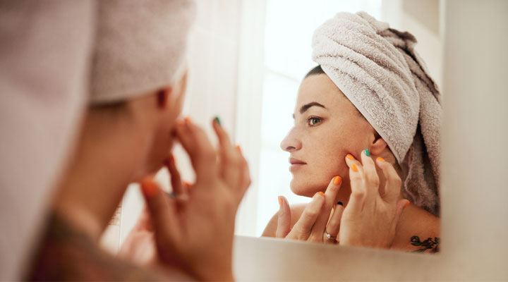 Blemish Control: Is Toothpaste for Acne Effective?